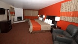 Red Roof Inn & Suites Monterey - Monterey Hotels