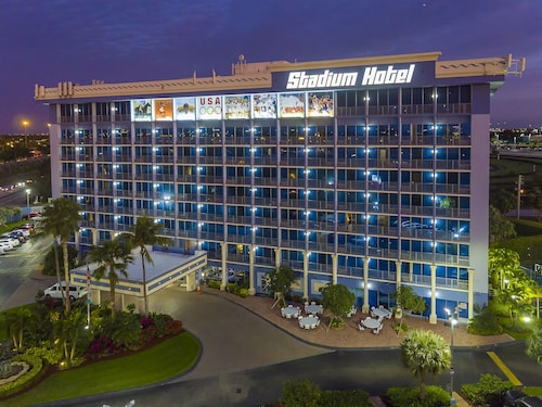 Check Expedia for Availability of Stadium Hotel