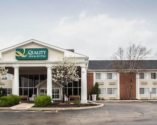 Quality Inn and Suites St Charles -West Chicago