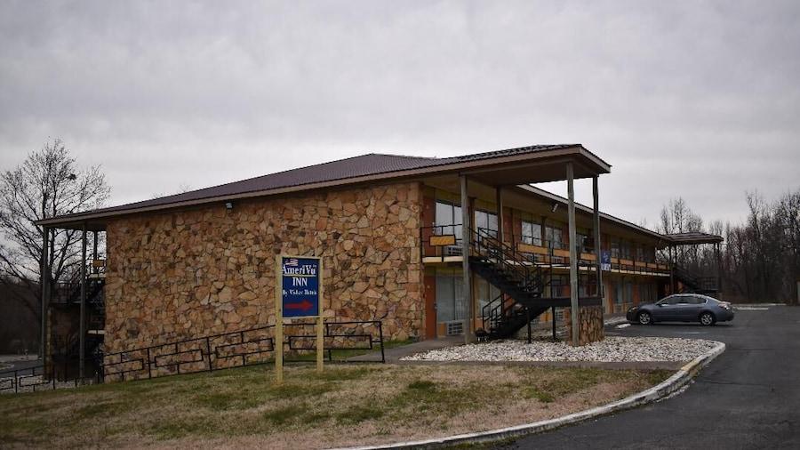 AmeriVu Inn & Suites - Gilbertsville