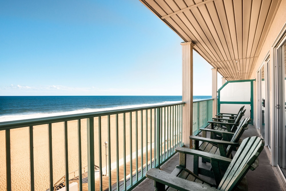 Balcony, Days Inn by Wyndham Ocean City Oceanfront