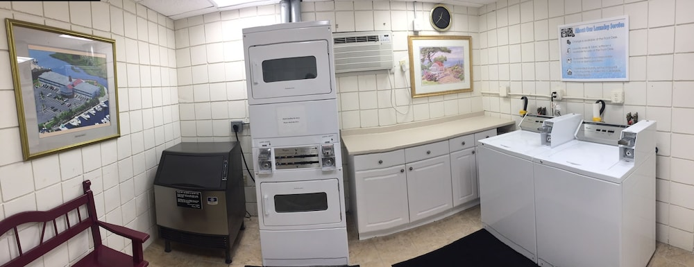 Laundry Room, Riverview Resort, a VRI resort