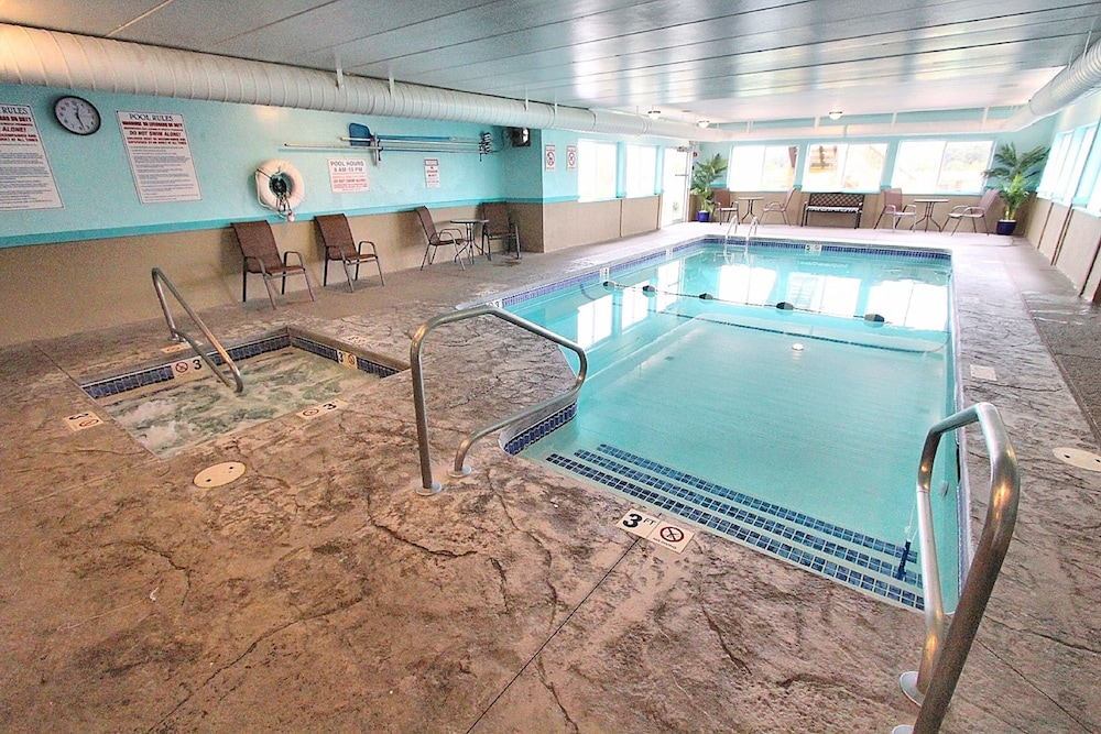 Indoor Pool, Riverview Resort, a VRI resort