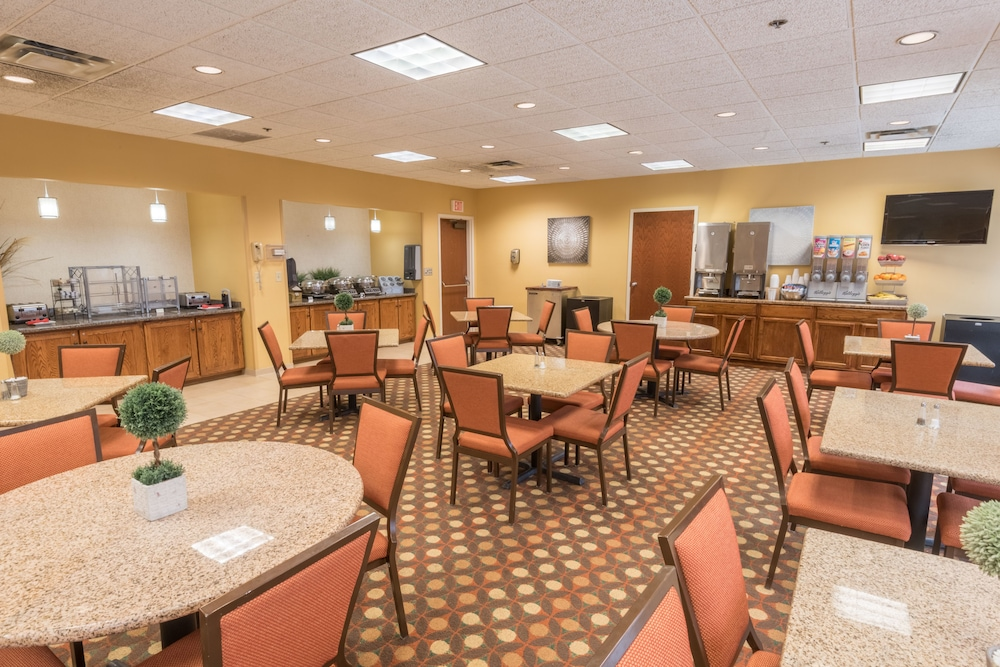 Breakfast Area, Kahler Inn and Suites - Mayo Clinic Area