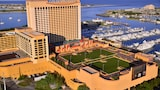 Golden Nugget - Atlantic City Hotels