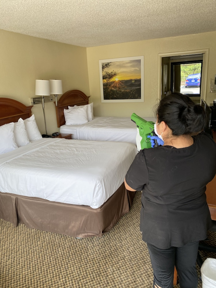 Cleanliness standards, Days Inn by Wyndham Asheville West