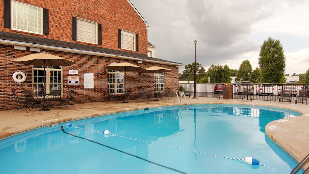 Best Western Hendersonville Inn Deals Reviews