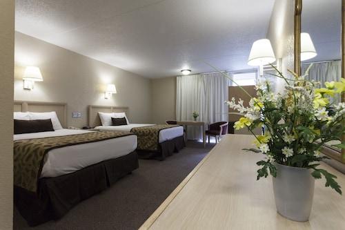 Great Place to stay Reagan Resorts Inn near Gatlinburg