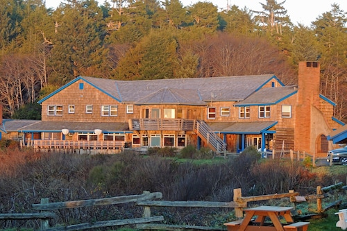 Hotels Near Ruby Beach. Kalaloch Lodge