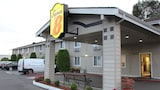 Super 8 Shelton WA - Shelton Hotels
