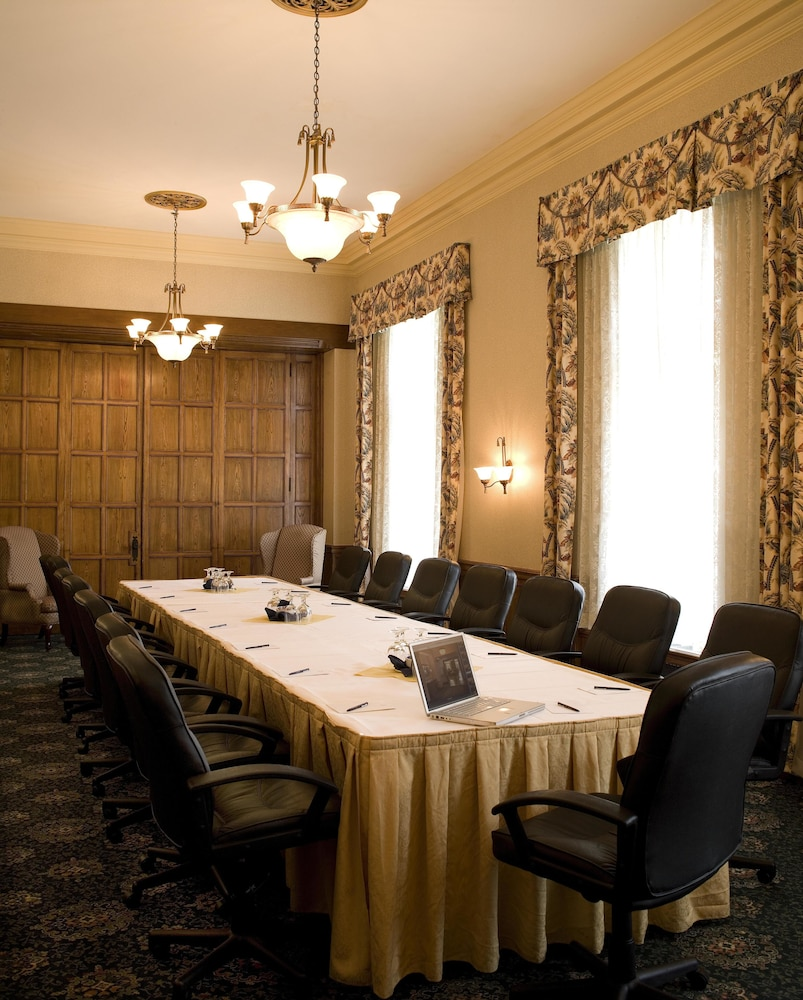 Meeting Facility, Delta Hotels by Marriott Bessborough