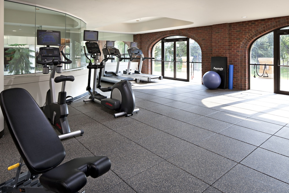 Gym, Delta Hotels by Marriott Bessborough