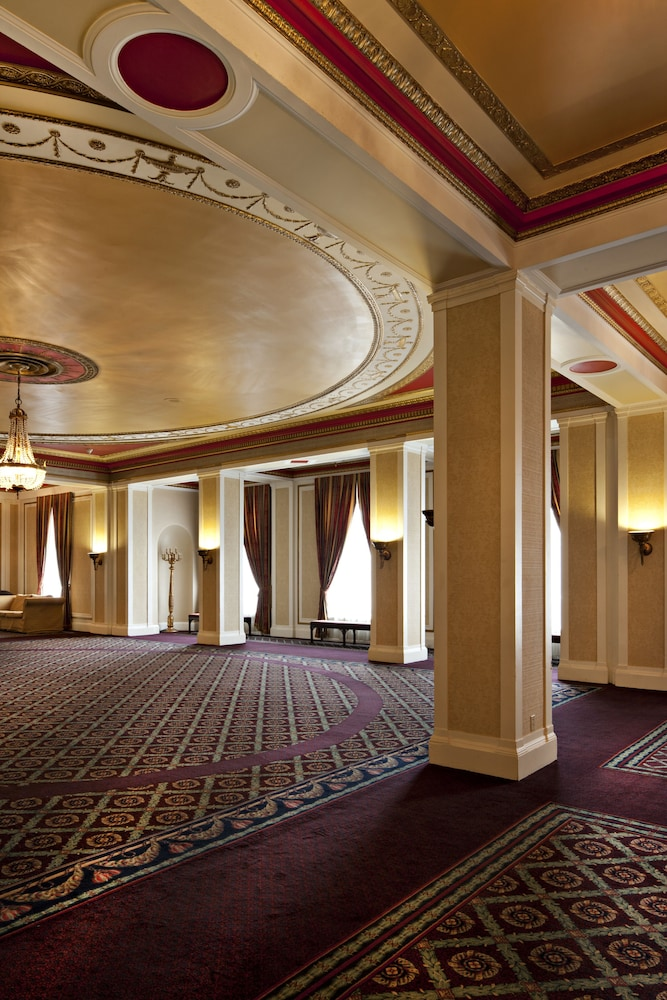 Reception Hall, Delta Hotels by Marriott Bessborough