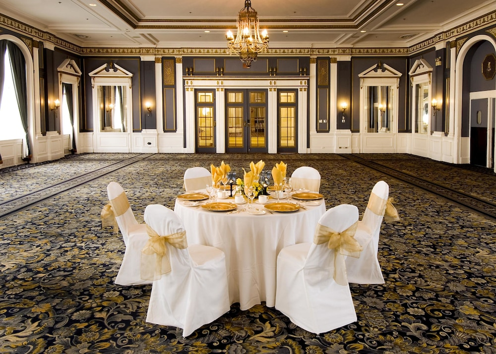 Banquet Hall, Delta Hotels by Marriott Bessborough