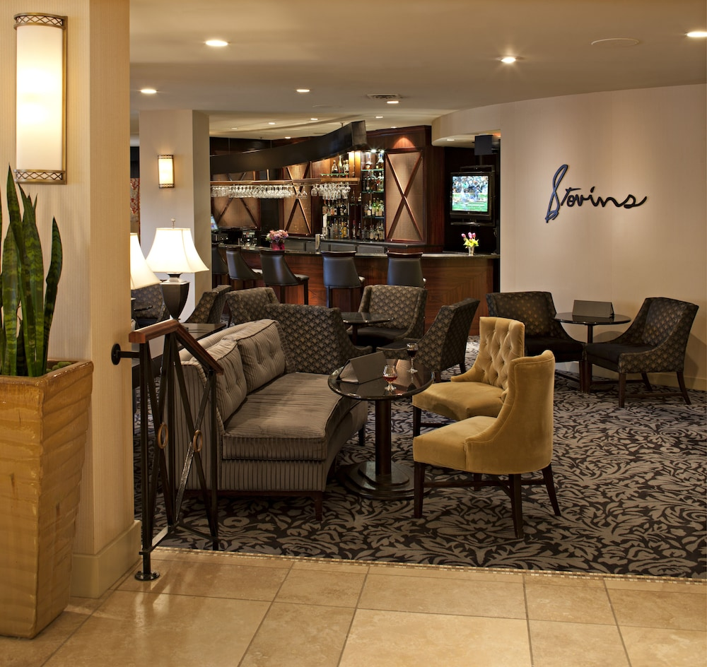 Lounge, Delta Hotels by Marriott Bessborough