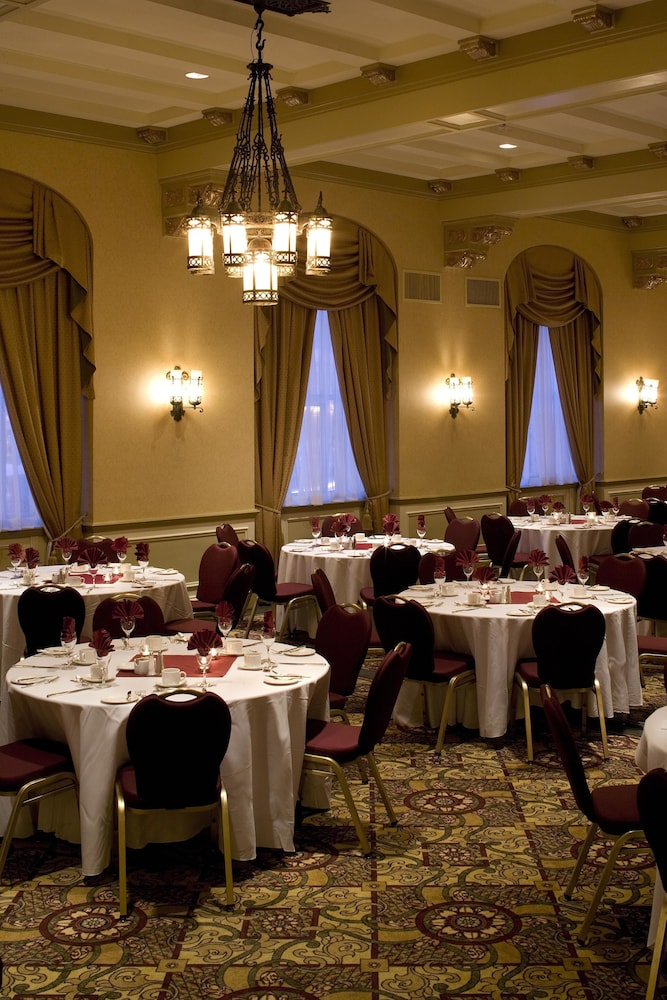 Ballroom, Delta Hotels by Marriott Bessborough