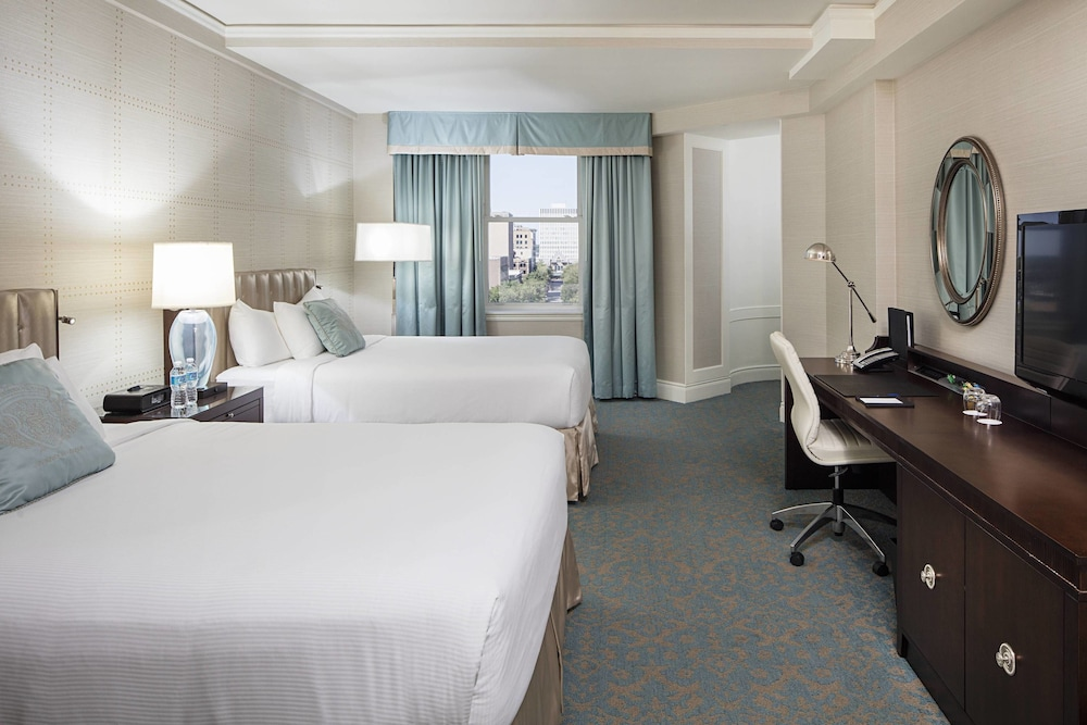 Room, Delta Hotels by Marriott Bessborough