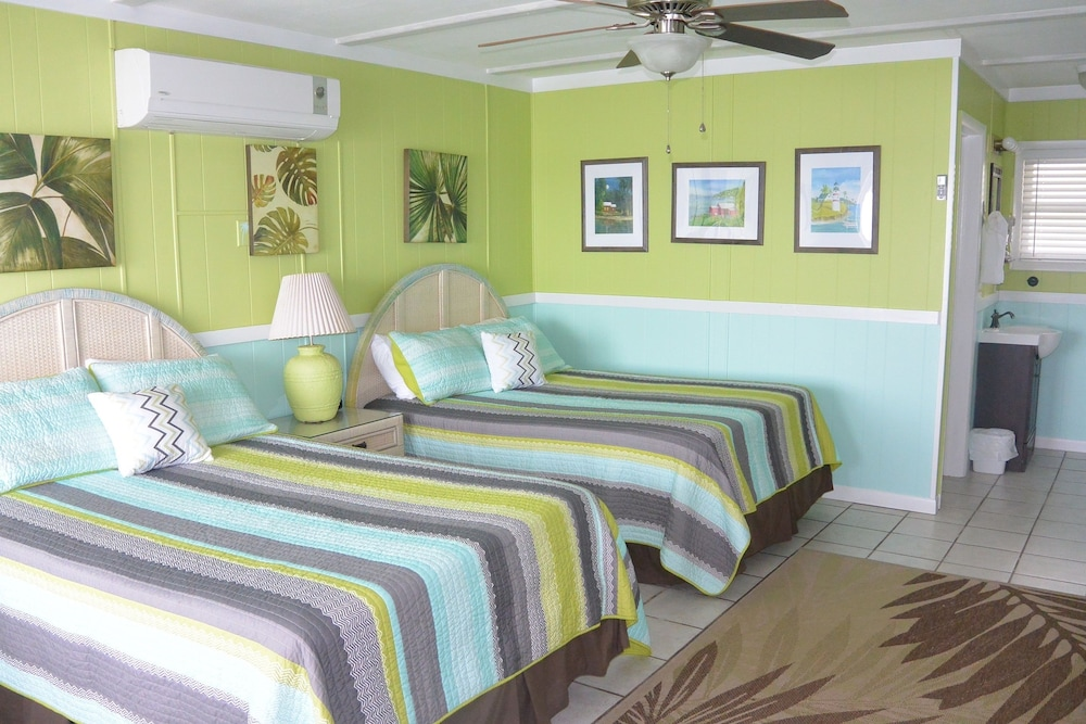 Room, Green Turtle Club Resort & Marina