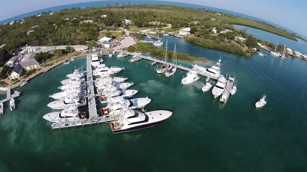 Aerial View, Green Turtle Club Resort & Marina