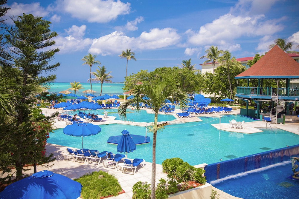 Book breezes resort bahamas all inclusive nassau hotel deals for All inclusive hotel packages