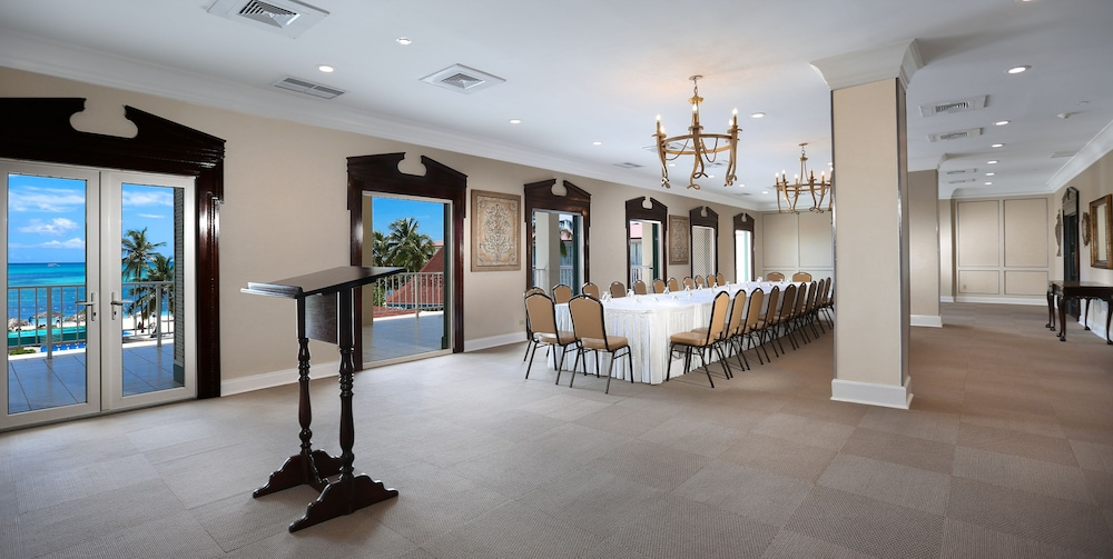 Meeting Facility, Breezes Resort Bahamas All Inclusive