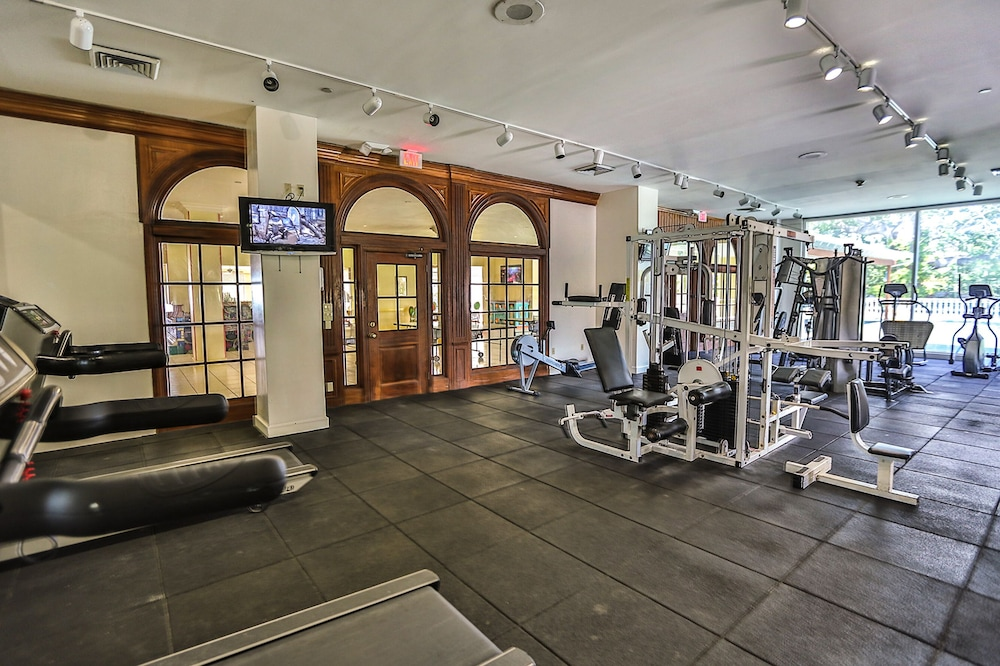 Gym, Breezes Resort Bahamas All Inclusive