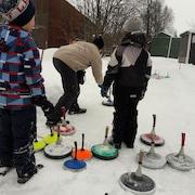 Skidåkning och snöaktiviteter