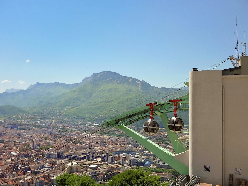 Ibis grenoble gare deals reviews grenoble france wotif for Hotels grenoble