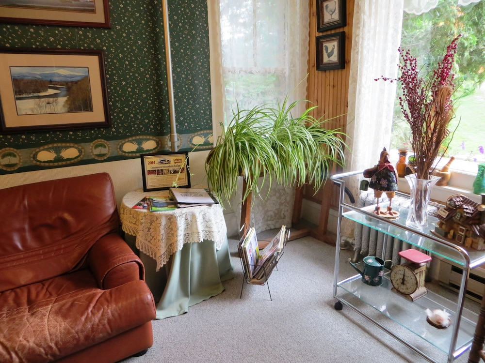 Lobby Sitting Area, Cranmore Mountain Lodge Bed & Breakfast