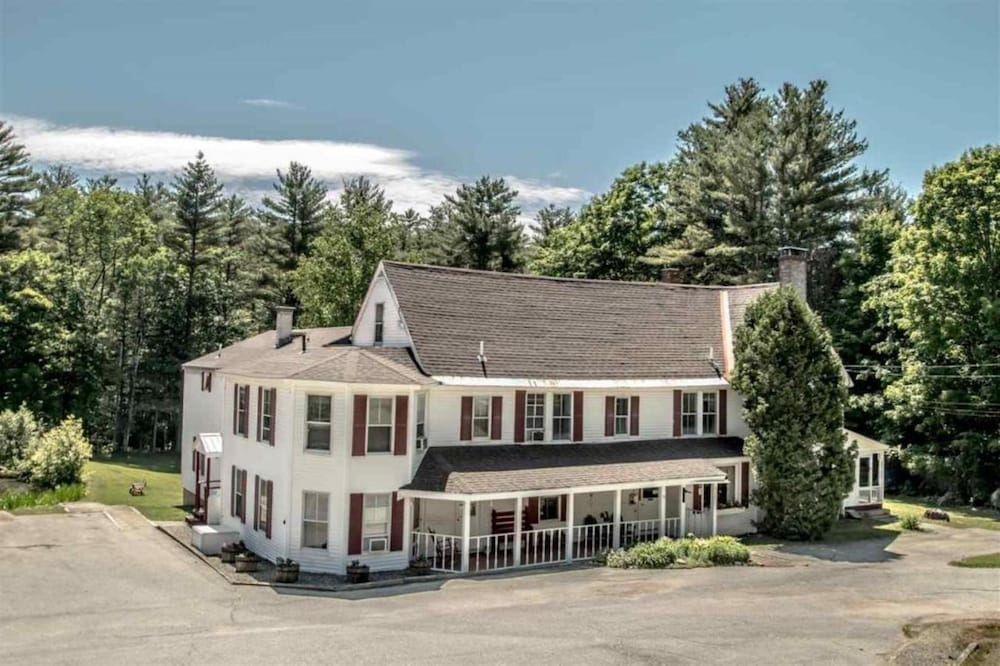 Front of Property, Cranmore Mountain Lodge Bed & Breakfast