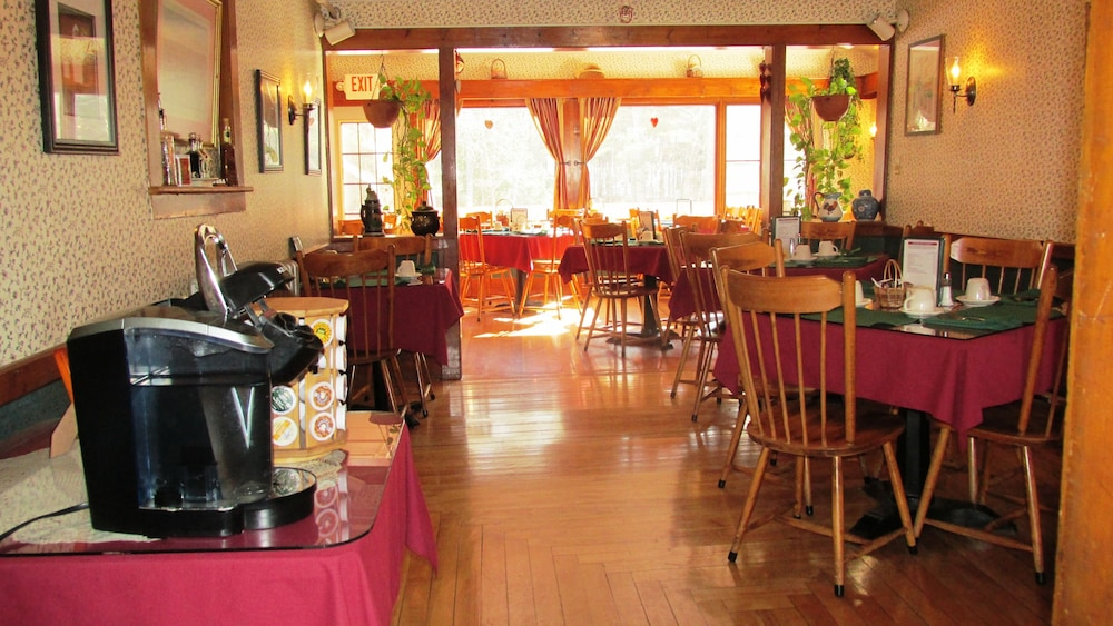 Food and Drink, Cranmore Mountain Lodge Bed & Breakfast