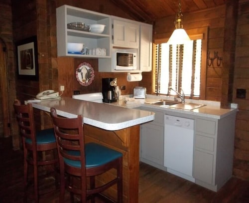 Private Kitchen, Kohl's Ranch Lodge by Diamond Resorts