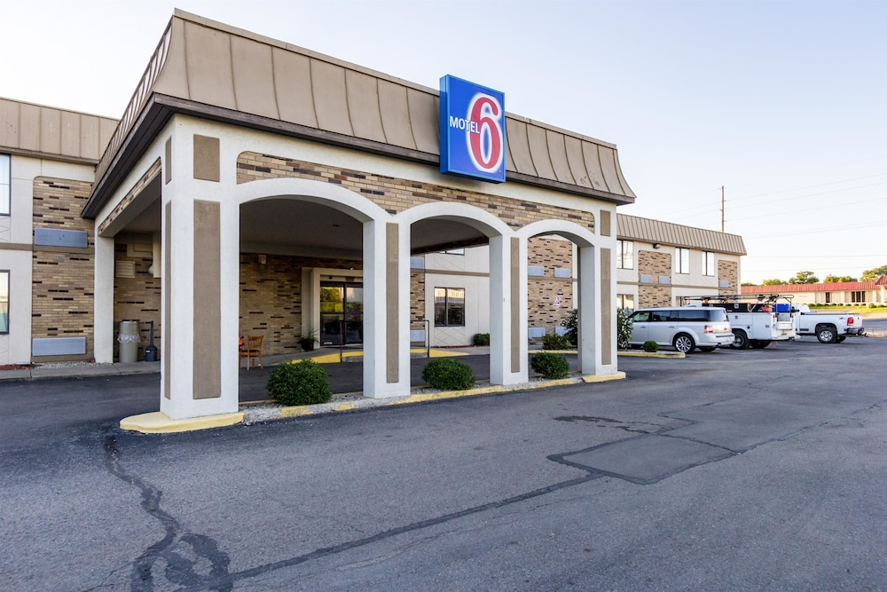 Featured Image, Motel 6 Springfield, OH