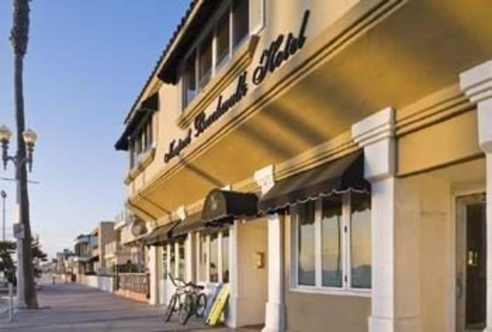 Newport Beach Hotel A Four Sisters Inn 3 0 Out Of 5 View From Featured Image