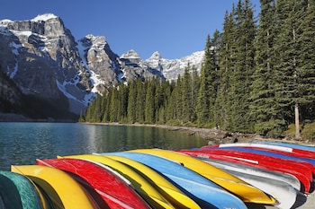 Moraine Lake Lodge Lake Louise 2020 Room Prices Reviews