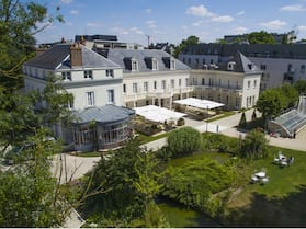 Château Belmont Tours by The Crest Collection