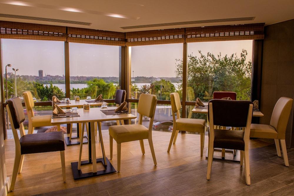 Holiday Inn Cairo Maadi In Cairo Hotel Rates Reviews On Orbitz