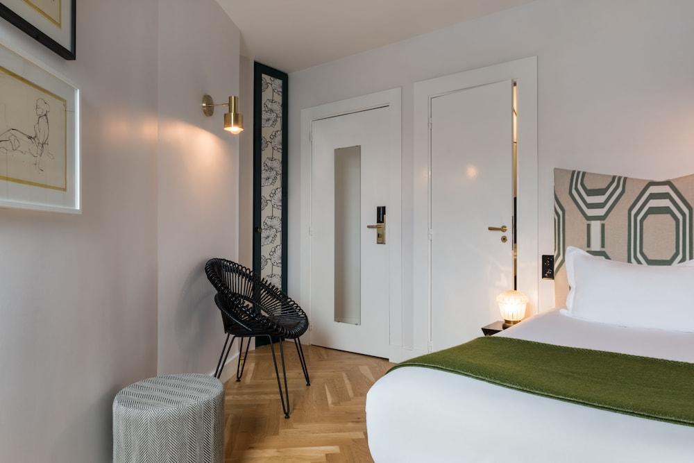 Quality Hotel Malesherbes Paris