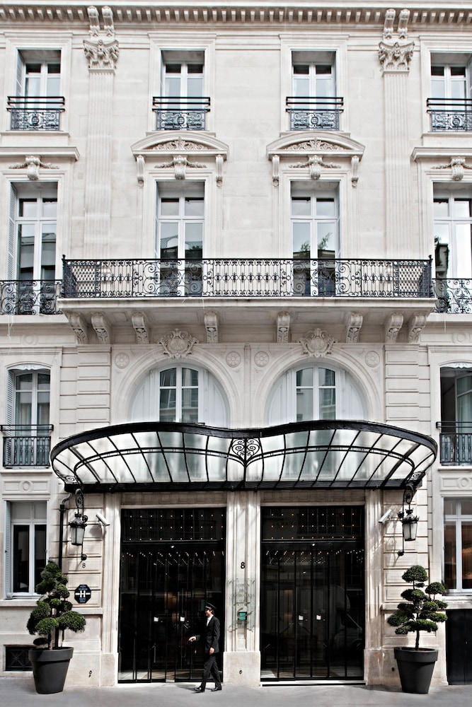 Book la maison champs elys es paris hotel deals - Maison champs elysees hotel paris ...