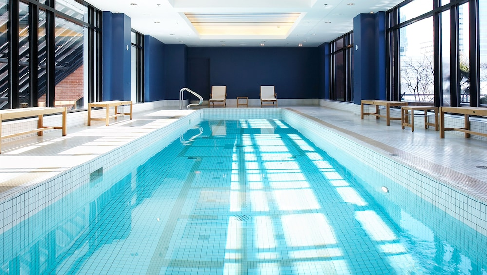 Pool, InterContinental Montreal