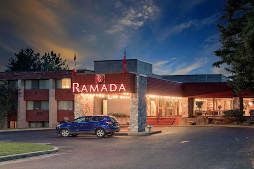 Ramada by Wyndham Pinewood Park Resort North Bay