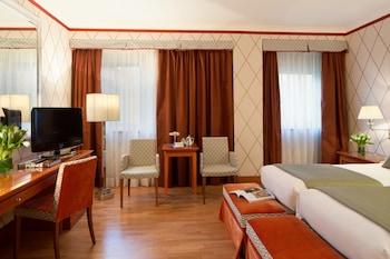 Via Principe Amedeo 3, 00185 Rome, Italy.