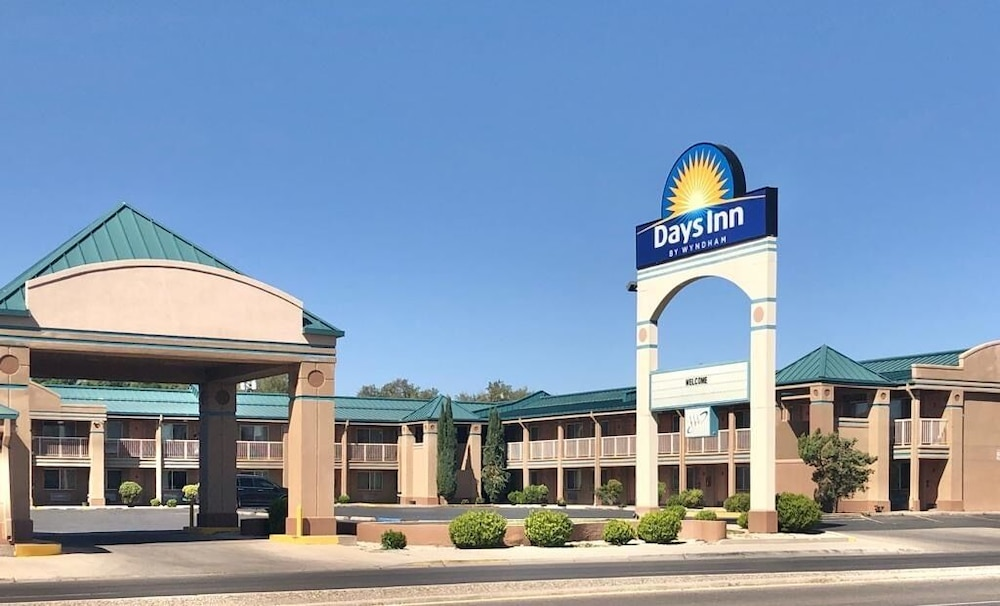 Front of Property, Days Inn by Wyndham Roswell