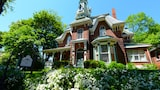 Hochelaga Inn - Kingston Hotels