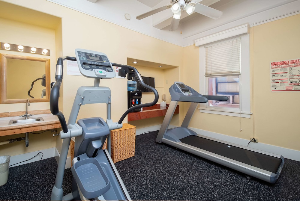 Fitness Facility, Ramada by Wyndham Gaslamp Convention Center