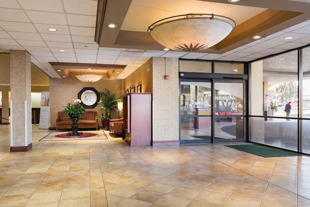 Interior Entrance, Holiday Inn Sacramento Downtown-Arena