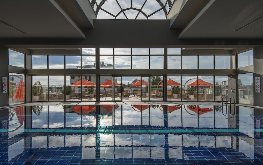 Indoor Pool, Ankara Hilton