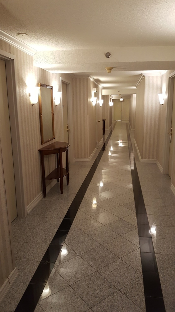 Hallway, Montecassino Hotel and Event Venue