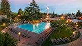 Flamingo Conference Resort & Spa - Santa Rosa Hotels
