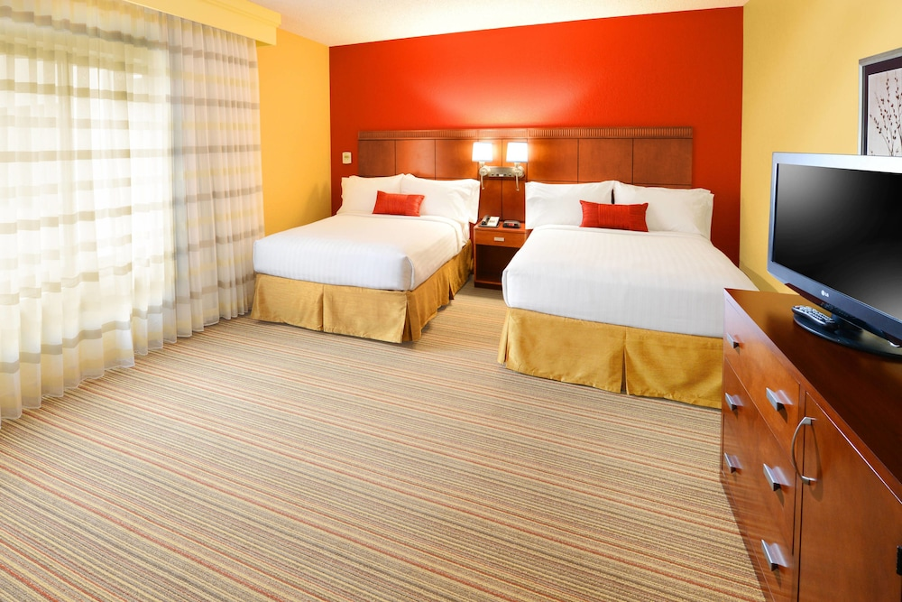 Room, Courtyard by Marriott Fort Worth University Drive